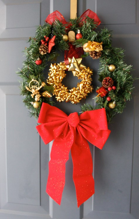 Present Bows Wreath