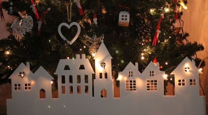 Christmas Village Decorations 30 Beautiful Diy Ideas A