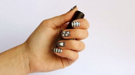 Gray Valentine Nail Art