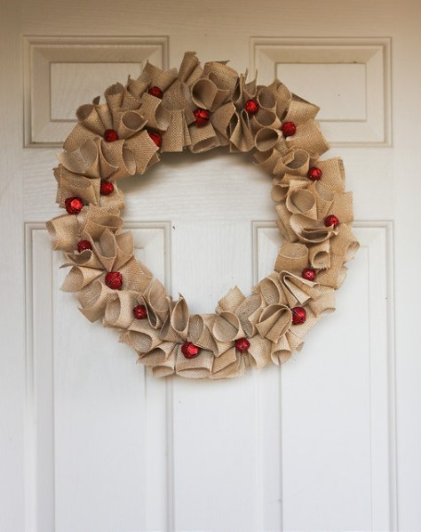 Burlap Wreath with Jingle Bells
