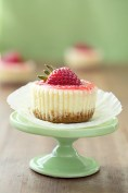 cheesecake cupcakes with strawberry or salted caramel topping