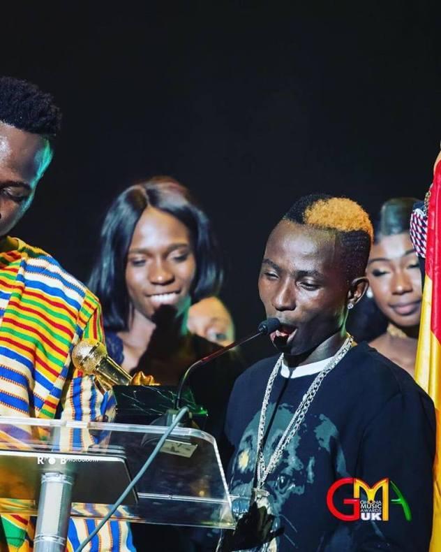 Patapaa stops mid-performance to pick up money thrown at him at Ghana Music Awards UK