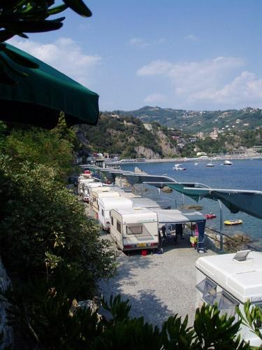 Camping Moneglia campeggio Sestri con spiaggia e bungalow per visite Cinque Terre  Camping in