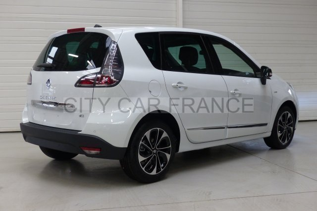 Renault Scenic Iii Dci 110 Energy Fap Bose Edition Blanche