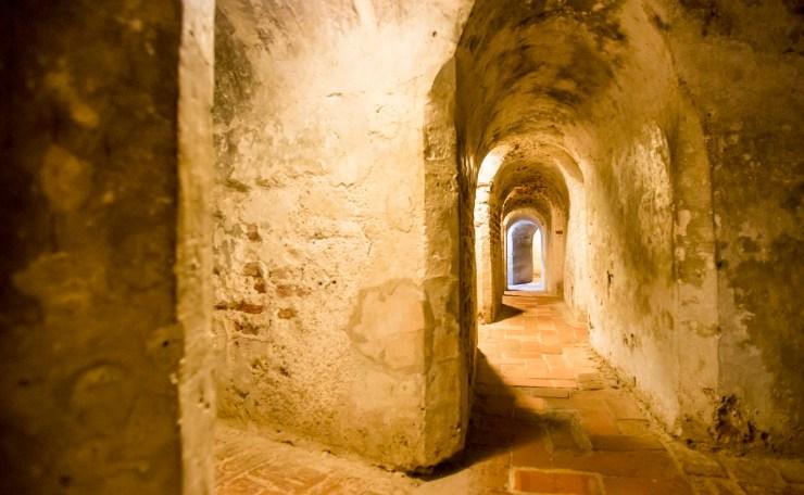 Túneles del Castillo de San Felipe en Cartagena
