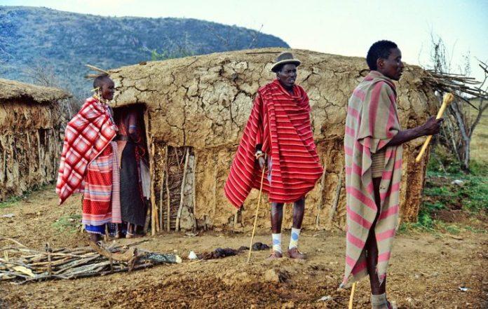 tradiční masajské obydlí
