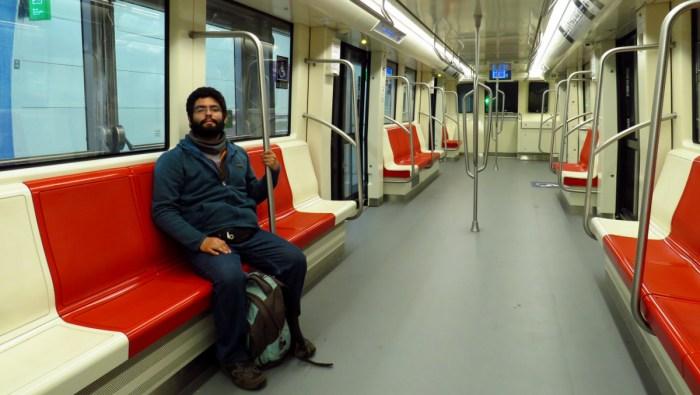 Ariel Cruz Pizarro en tren CAF AS2014 2213