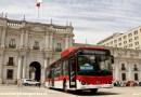 Bus FLXV59 en el Palacio de La Moneda