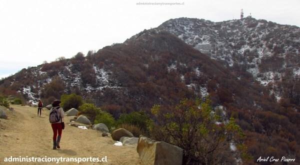 AV Santiago de Chile #1 – Paseo al Cerro El Roble en otoño