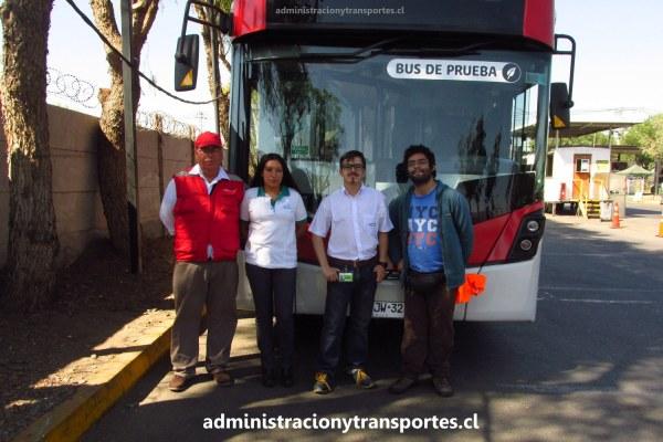 Fui a conocer el bus de dos pisos de Vule (Red)