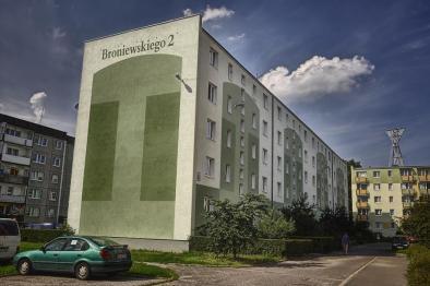 Broniewskiego 2