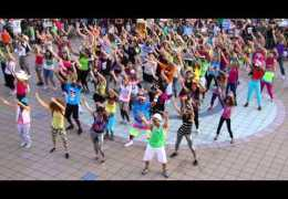 OKI FLaSH MOB – LMFAO Party Rock Anthem
