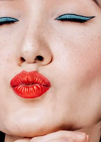 Jak sprzedawać kosmetyki w sieci
