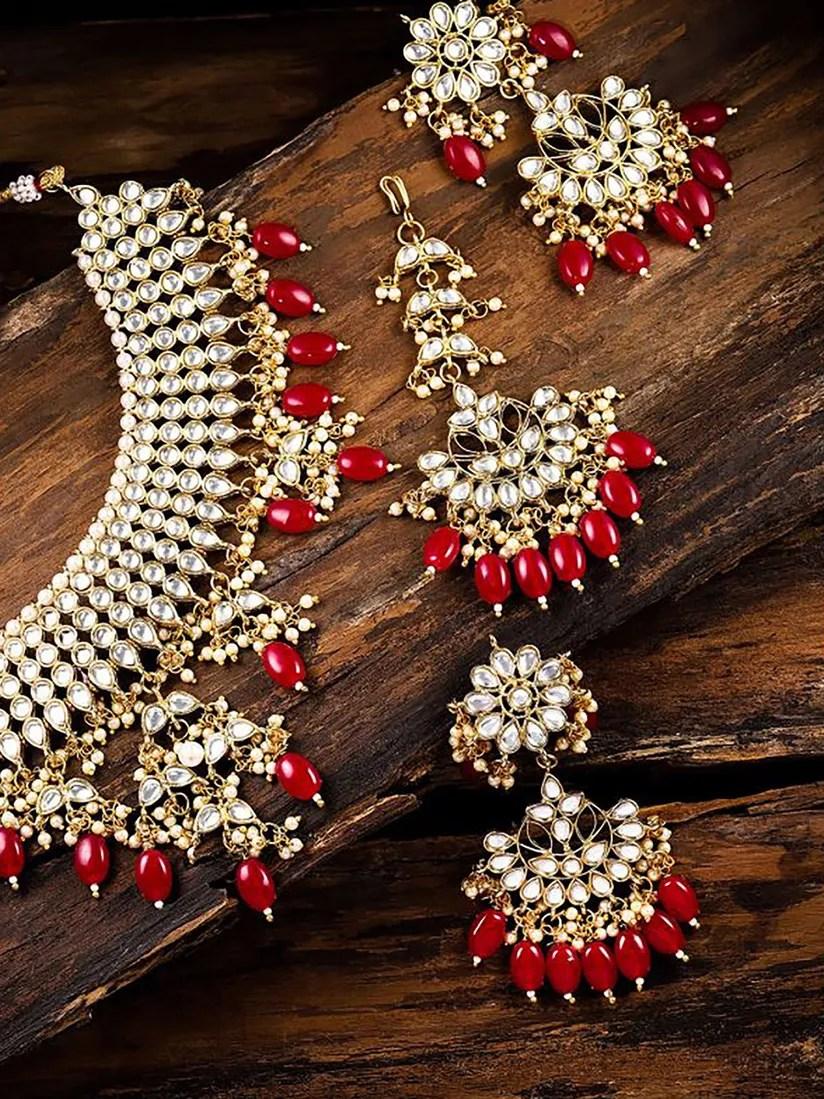 Red Jewelry Sets : jewelry, Zaveri, Pearls, Jewellery, Sets:, Kundan, Beads, Bridal, Choker, Necklace, Online, Nykaa, Fashion