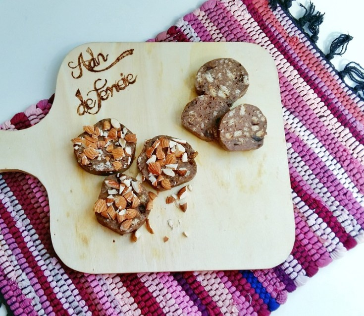 salam de biscuiti cu pudra de roscove