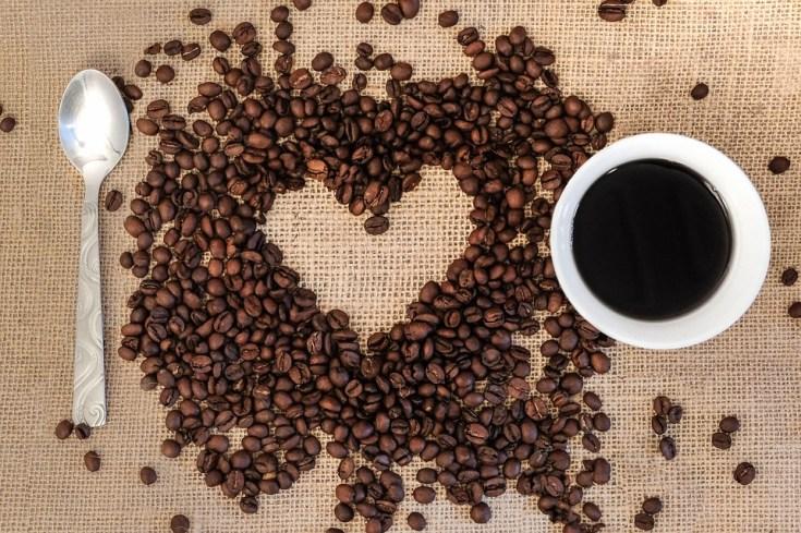 să povestim la o cafea