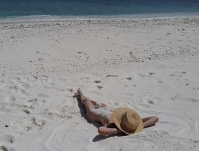 plajă nudişti