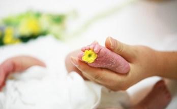 vizită la nou născut