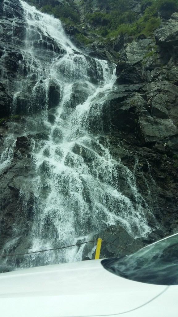 cascade transfagarasan 1