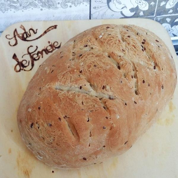 paine de casa cu mix de seminte