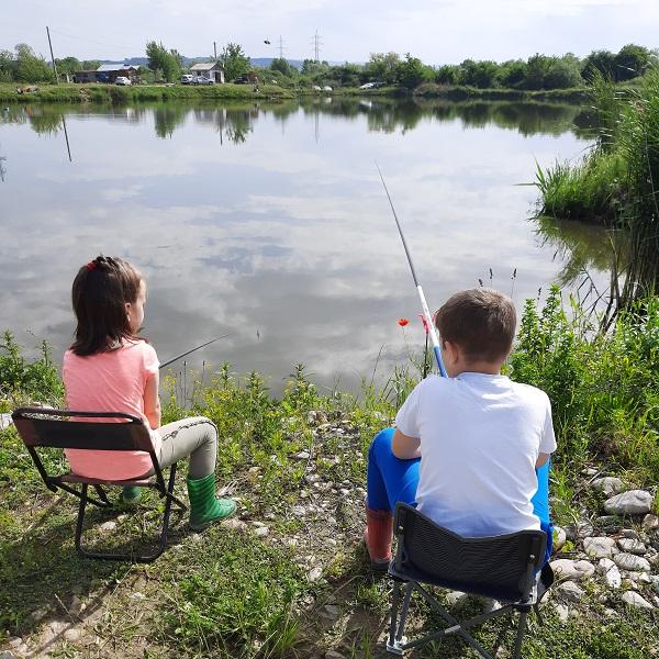 La pescuit cu copiii. Peripeții și poze