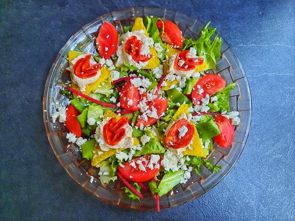 Salată sațioasă, sănătoasă și rapidă
