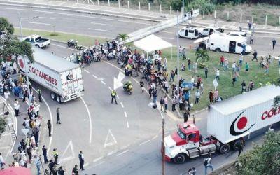 Maduro fortalece lucha contra ayuda humanitaria
