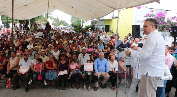 10 mil nuevos beneficiarios tendrá Liconsa  en Veracruz (20:45 H)