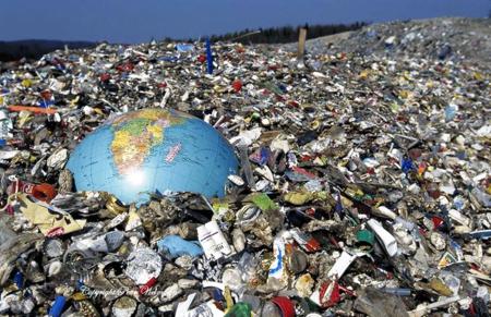 La basura sigue siendo un problema en el año 2017 (12:00 h)