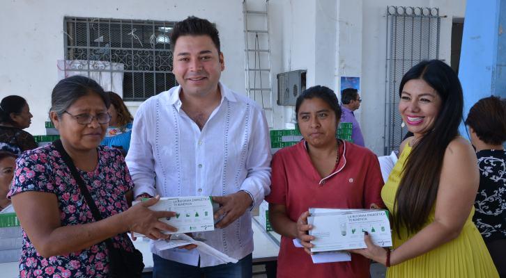 Atiende Raúl Cruz necesidades de habitantes de Santa Lucía del Camino (18:00 h)