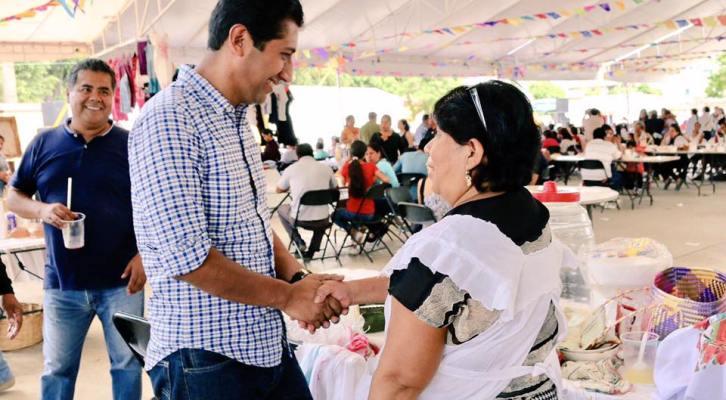 Con gran éxito se realizó la primera Feria Gastronómica Cultural en Xoxocotlán (21:45 h)