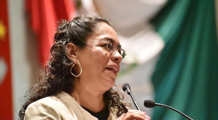 Laura Vignon trabaja en beneficio de los 570 municipios (22:30 h)