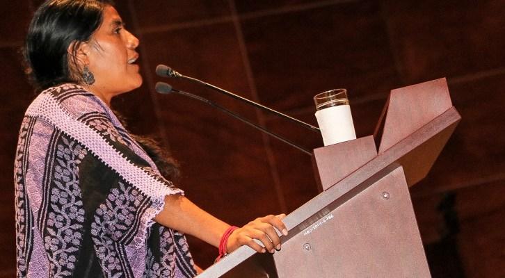 Romper los muros del autoritarismo para alcanzar la paridad política, exhorta Eufrosina Cruz (19:30