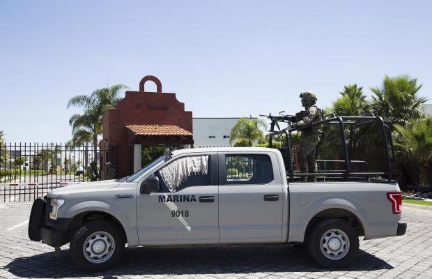 Capos huachicoleros fueron detenidos por la Marina en zonas exclusivas de Puebla (19:30 h)