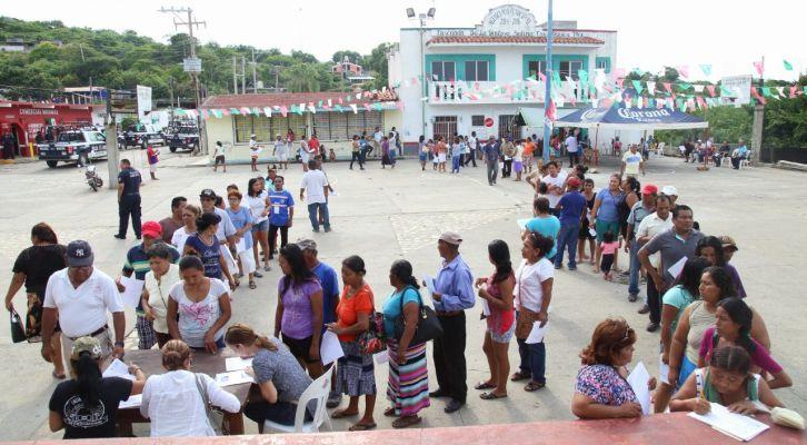 Bahía La Ventosa pide en asamblea remoción de agente municipal (19:00 h)