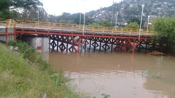 Oaxaca pide declaratoria de emergencia para 21 municipios