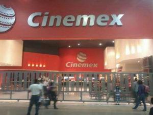 cierran salas cinemex