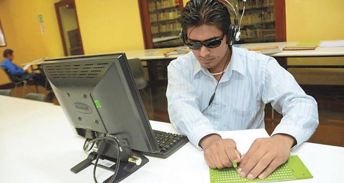 Egresados de la UAM crean portal de empleo para personas con discapacidad (17:00 h)