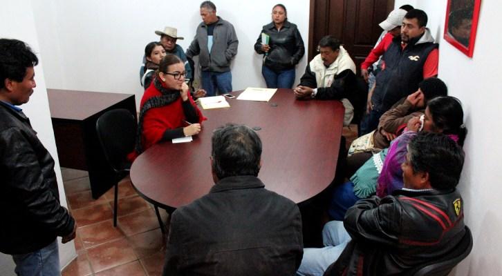 Gobierno Municipal atiende puntualmente peticiones ciudadanas (21:30 h)