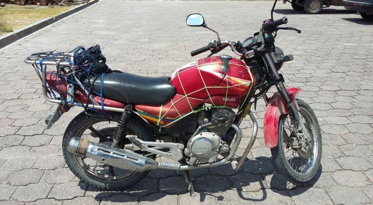 Asegurado por conducir moto robada (21:30 h)