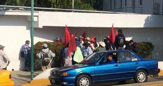 Plantel del IEBO en Tepantepec no ha sido atendido por el IOCIFED (11:45 h)
