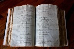 DOCUMENTOS HISTÓRICOS DEL ARCHIVO (4)