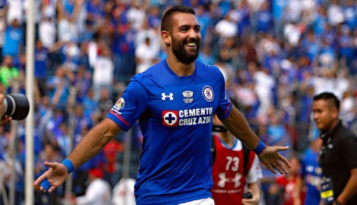 Se despide Cruz Azul de su estadio con triunfo de 2-0 sobre Monarcas (11:30 h)