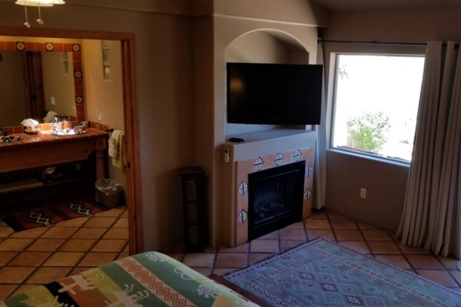 La Casita Room with Bathroom & TV