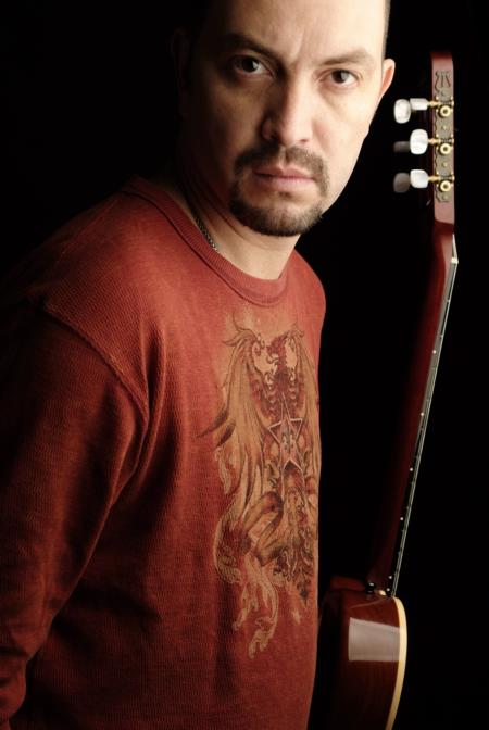 Bernardo Quesada abre concierto Ricardo Montaner en Costa Rica- Adondeirhoy.com