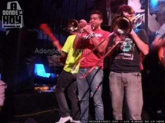 Los Ajenos Miercoles en La Nena - Adondeirhoy.com