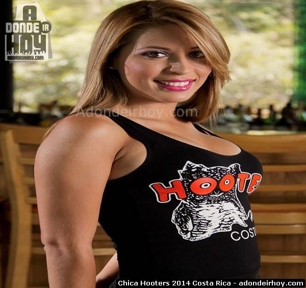 Brenda Gamboa Hooters Heredia