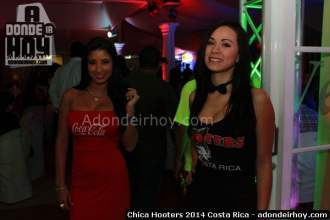 Chica Hooters 2014 Costa Rica 018