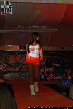 Chica Hooters 2014 Costa Rica 122