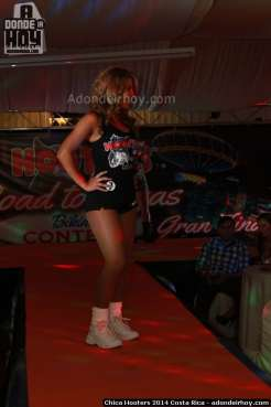 Chica Hooters 2014 Costa Rica 149